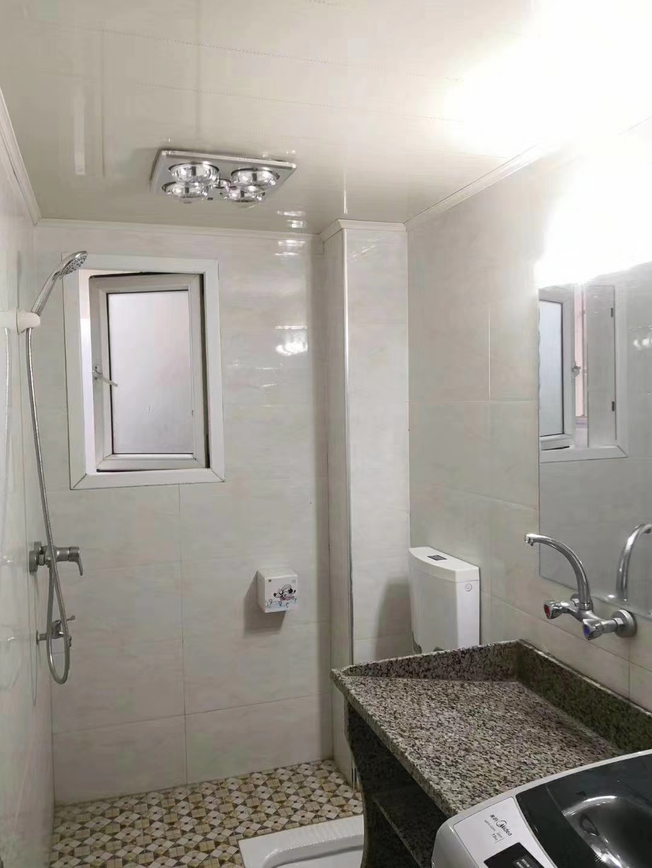 龙腾御景新城3室 2厅 1卫69.8万元