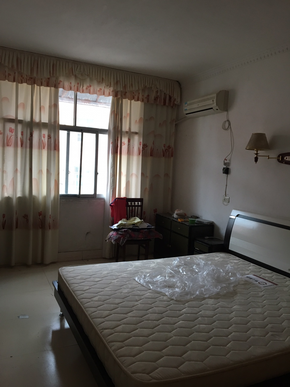景秀公寓小区3室 2厅 1卫38万元