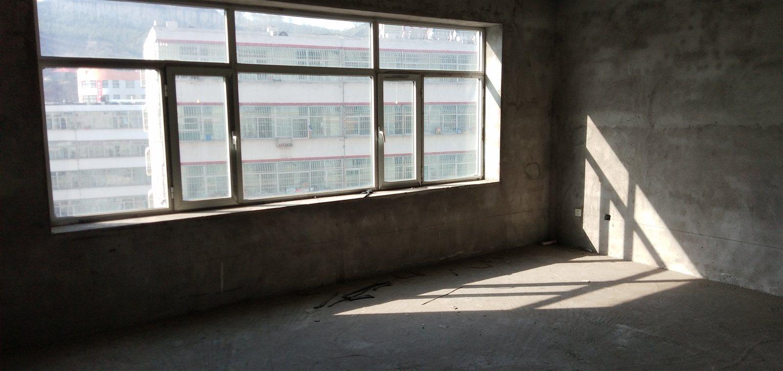 盐沟3室 2厅 1卫