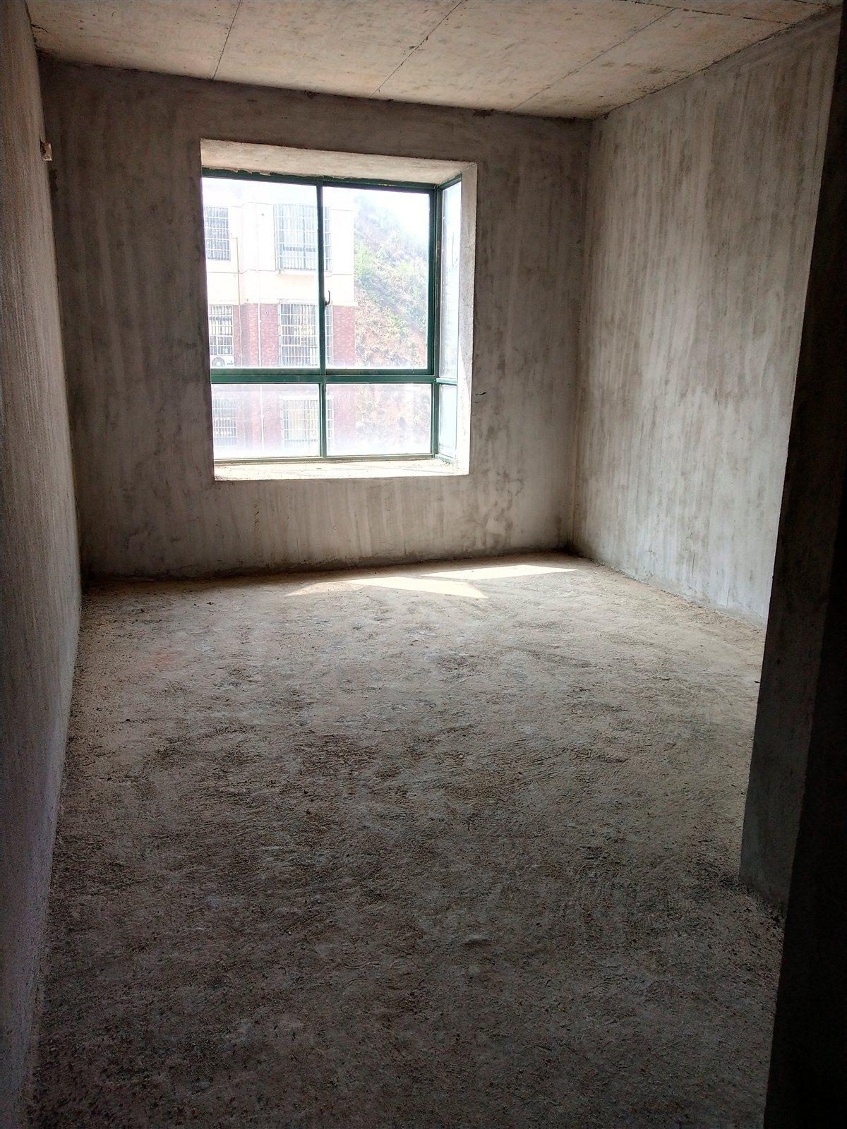 大都汇3室 2厅 1卫65万元