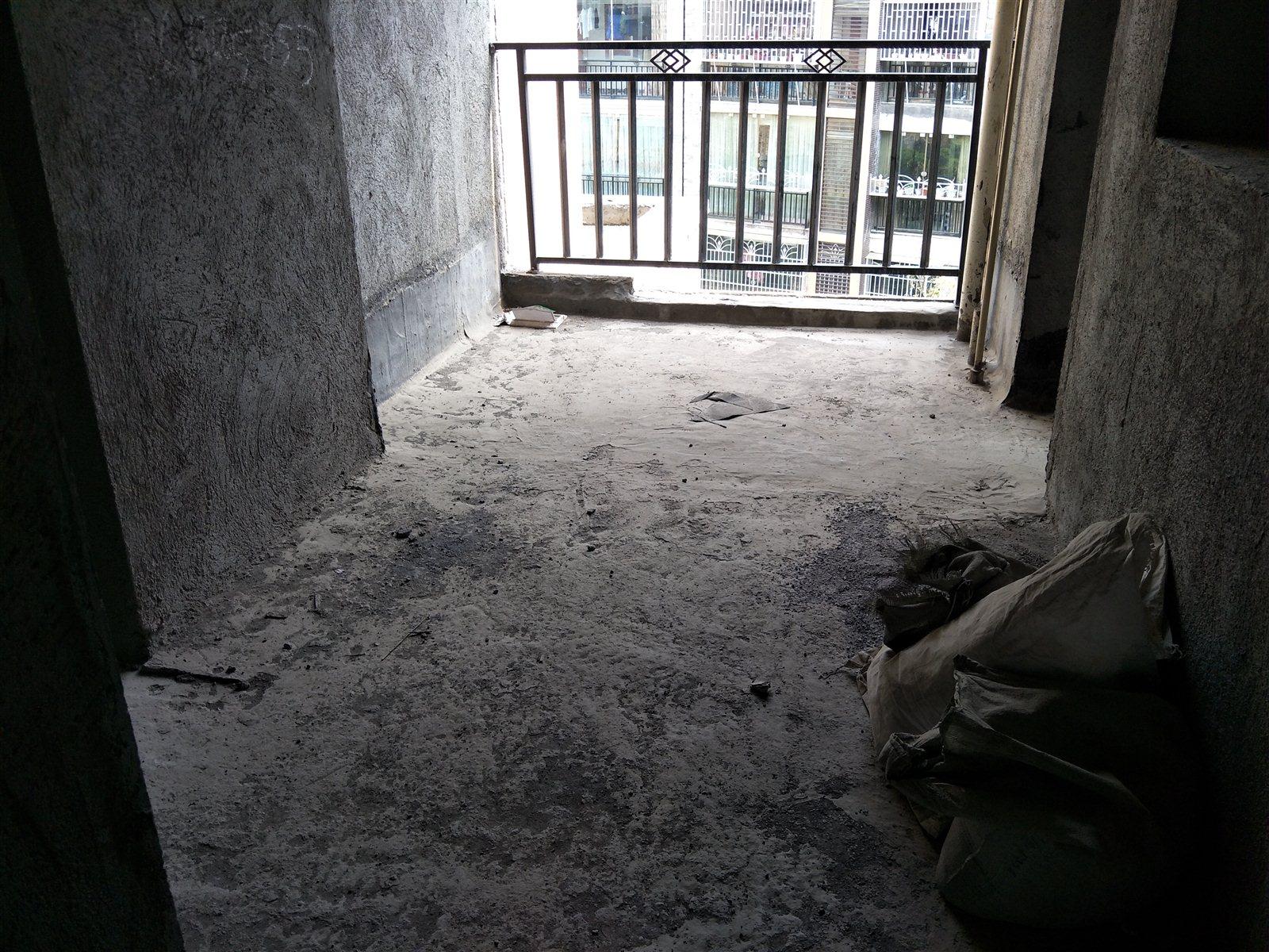 御景湾3楼3室 2厅 2卫最好户型64.7万元