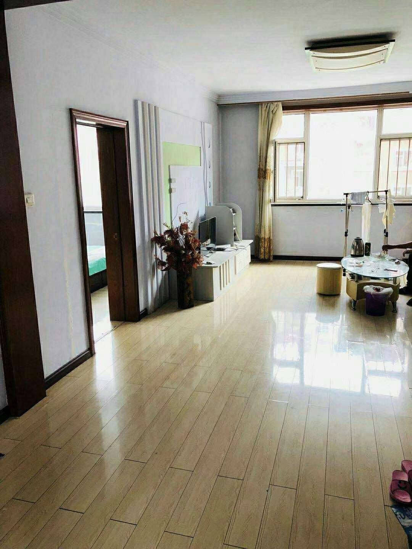 朝阳镇光明小区2室 1厅 1卫45万元