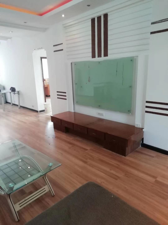 中山商城3室 2厅 1卫51.8万元
