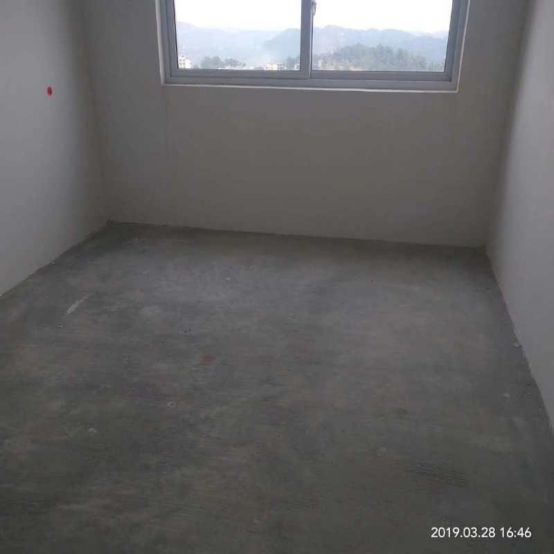 谦翔财富中心3室 2厅 1卫33.8万元