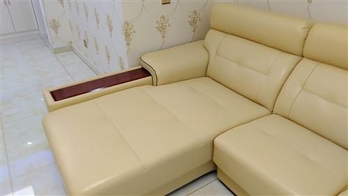 大明国际2室 2厅 1卫105.6万元
