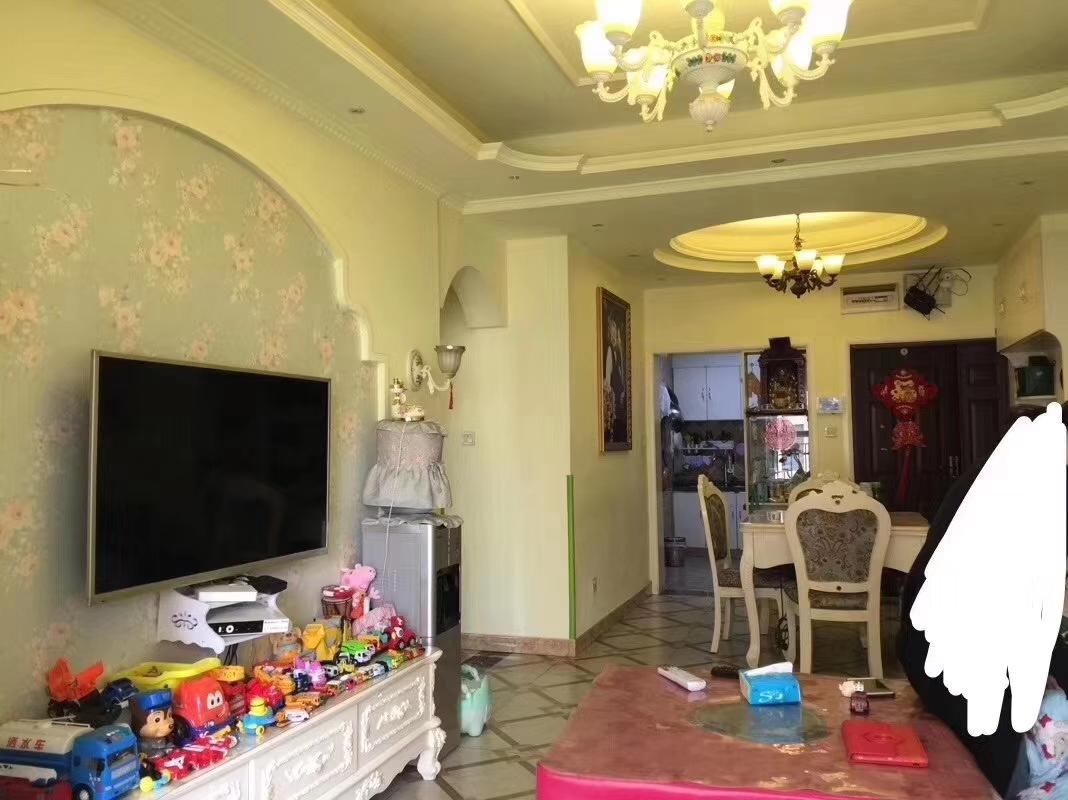 山台山 稀缺小三室  57.8万元