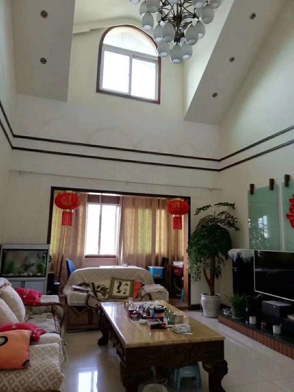 黔洲花园197平楼中楼精装5室 2厅 2卫95万元