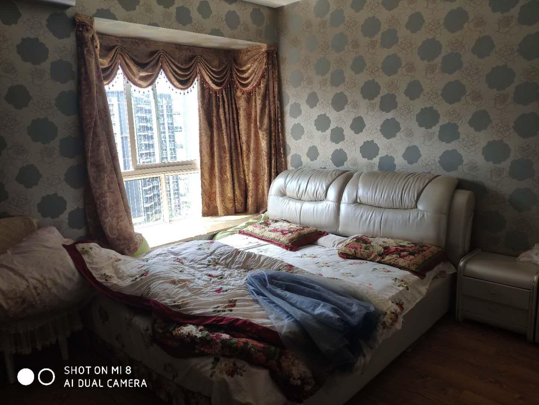 黔龙阳光花园3室 2厅 2卫66万元