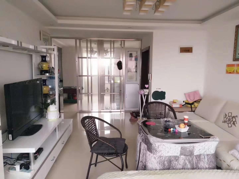 林泉辰龙花园3室