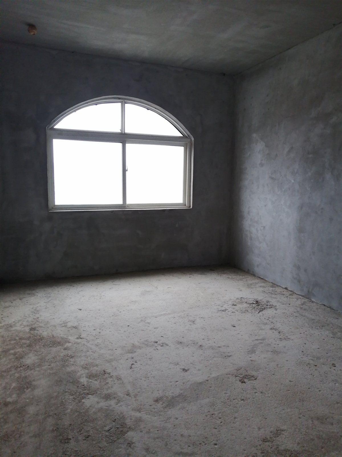 开磷盛世新城4室 1厅 1卫55.8万元