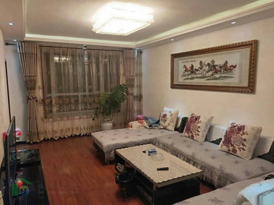 明珠花园2室 2厅 96平米3楼精装地暖房