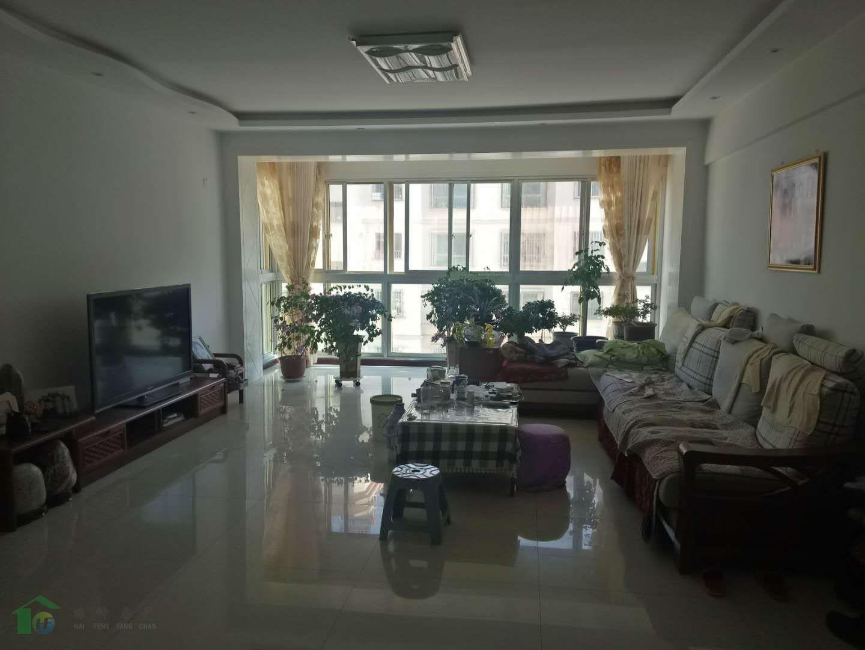紫轩二期3室 2厅 142平米4楼落地大窗地暖房