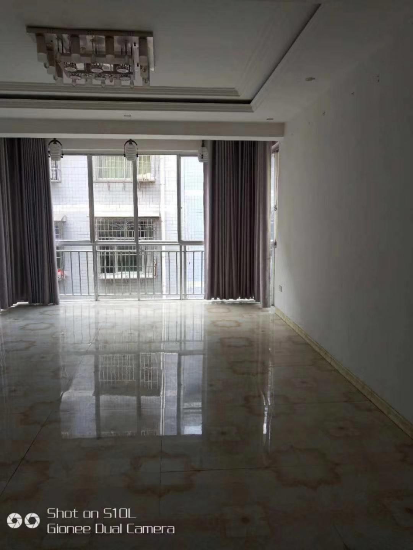 枫林弯3室 2厅 1卫39.8万元