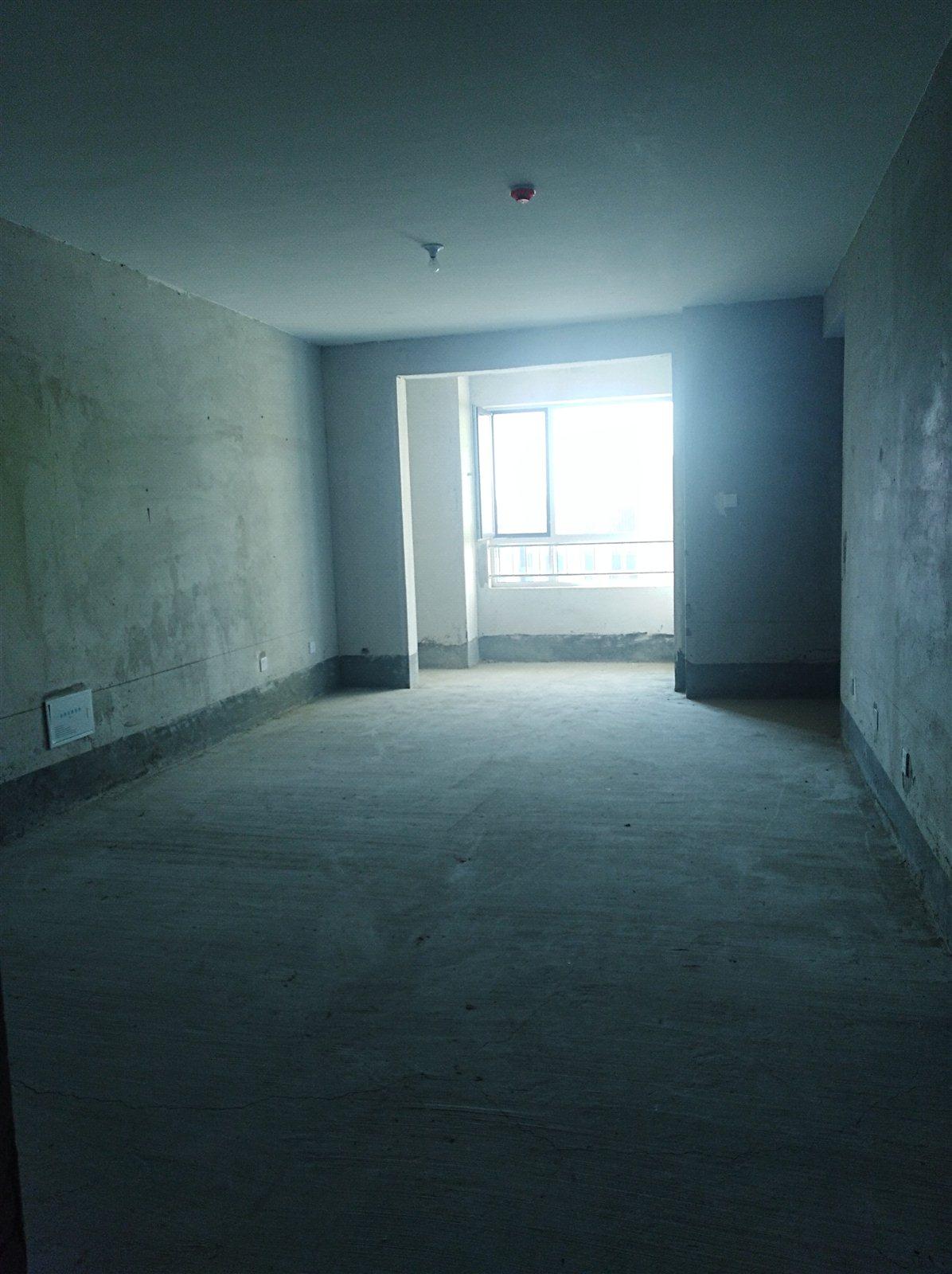 佳华香墅14楼 137平 带车位,储藏室115万
