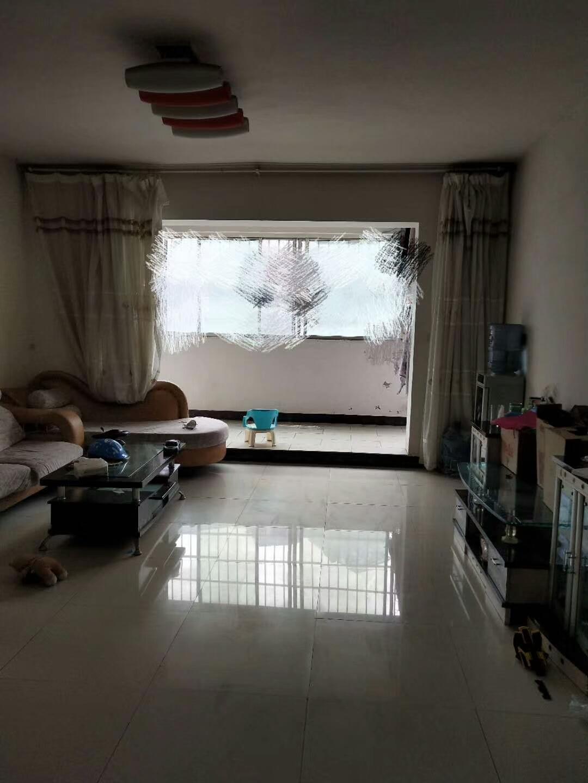 开阳县紫江花园老干区3室 2厅 1卫52.8万元