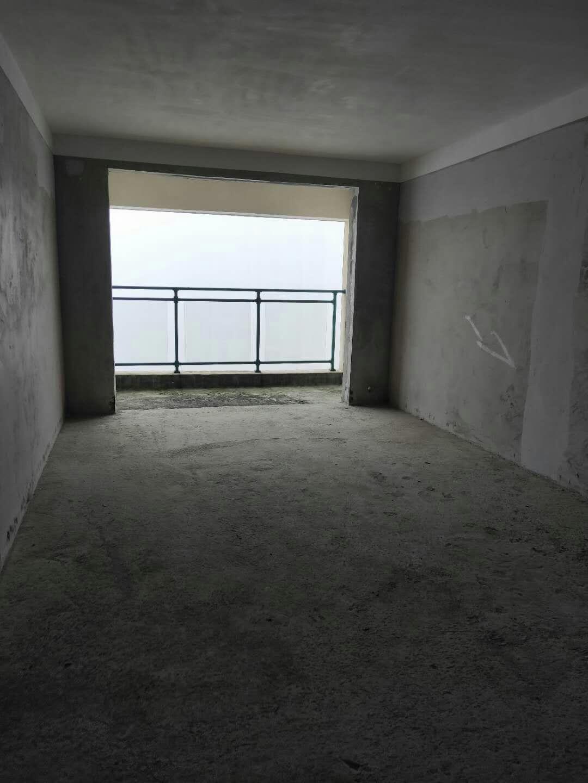 云开国际3室 2厅 2卫49.8万元