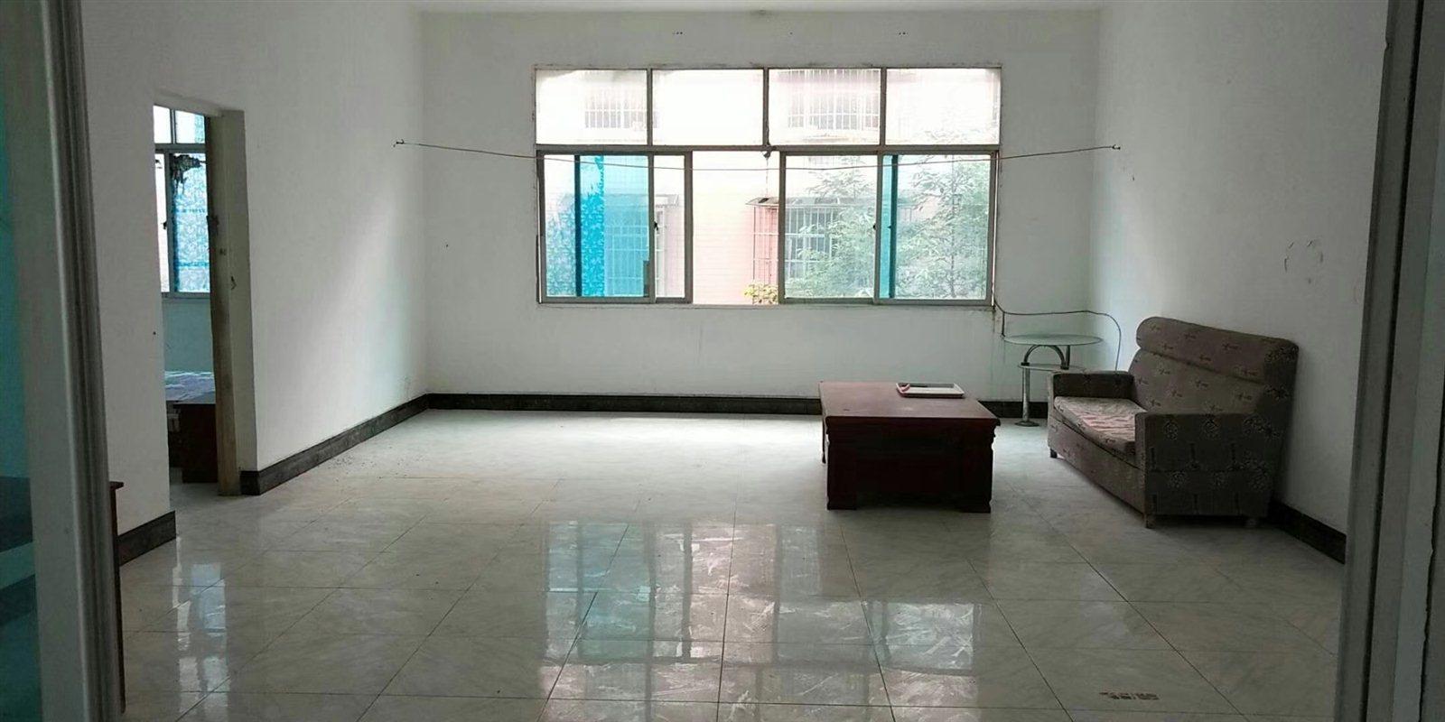 云开国际3室 3厅 1卫34.8万元
