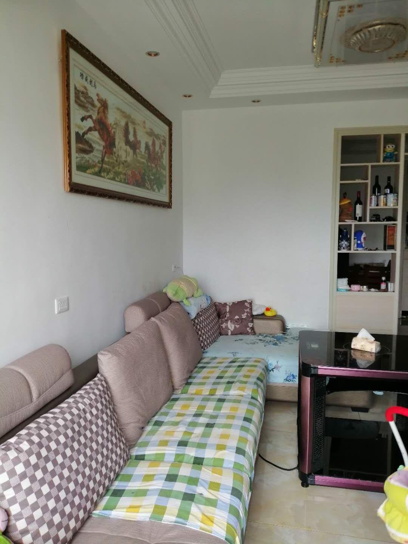 麒龙城市广场3室 1厅 1卫40.8万元