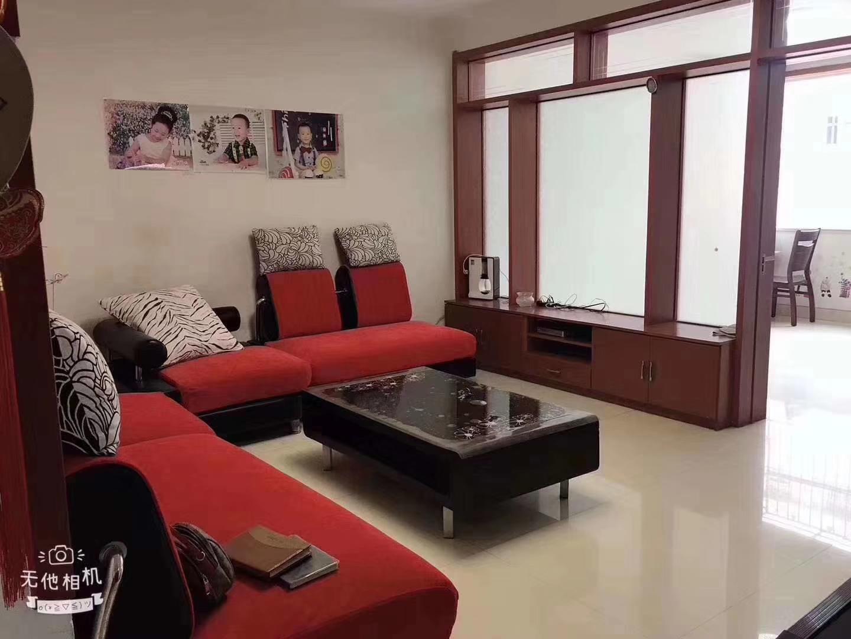盛世家园 带车库  精装修3室 2厅 1卫66万元