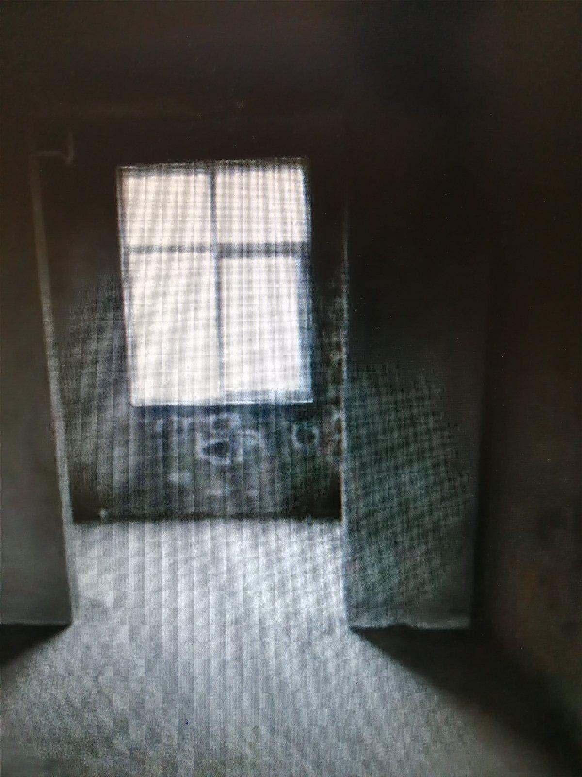 银城西花园3室 2厅 1卫36万元