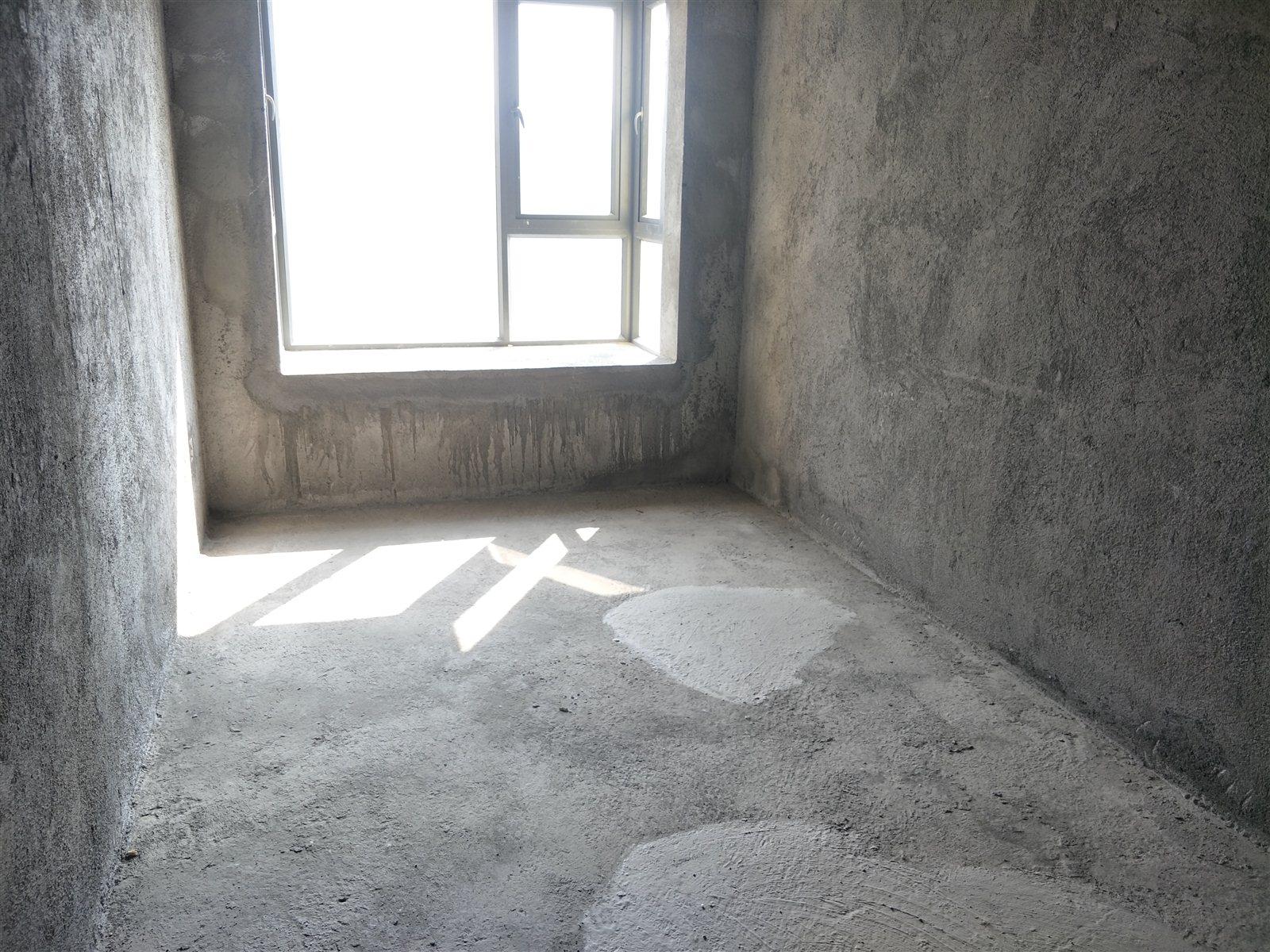 九天慧都龙城3室 2厅 1卫47.7万元黄金楼层