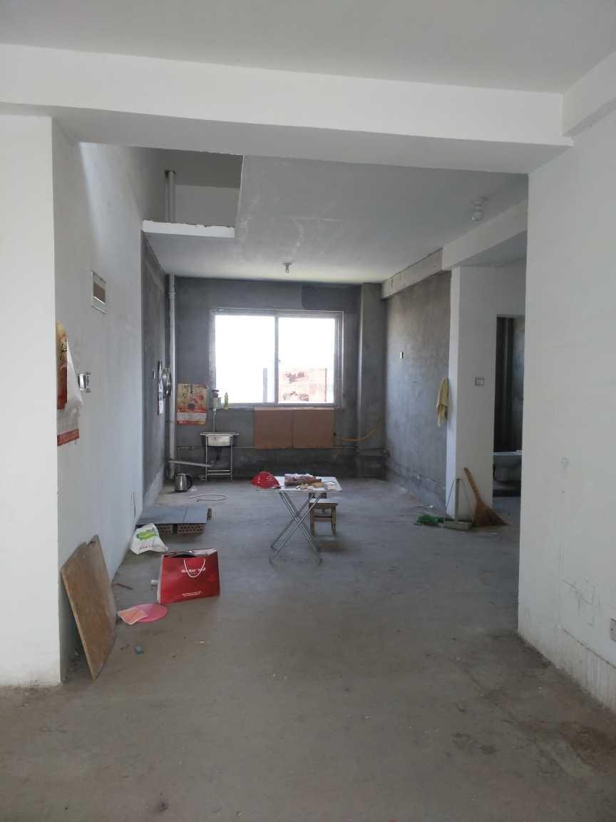 梨都明珠3室 2厅 2卫37万元