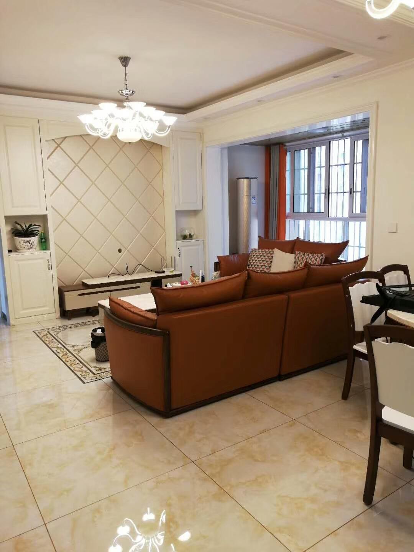 荔城华府最大户型3室 2厅 2卫89.8万元