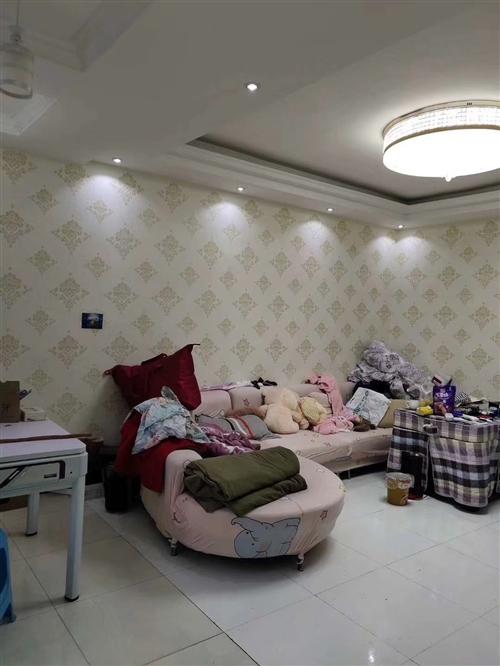 三台山小区3室 2厅 1卫35.8万元