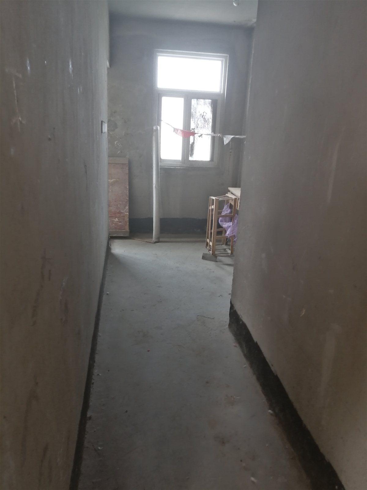 新飞家园3室 1厅 1卫36万元