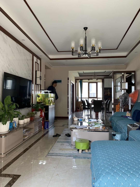 中泉首府  13楼 送家具家电 可按揭110万元