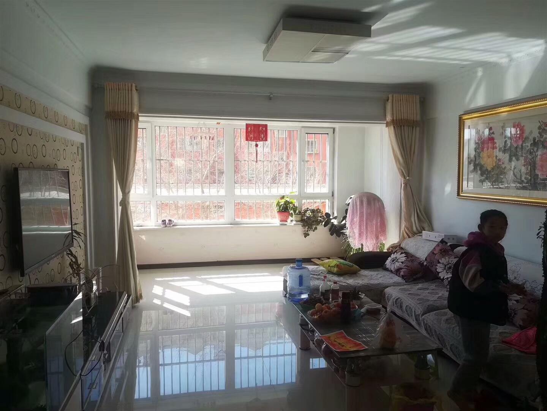 嘉华名苑2室 2厅 1卫43万元