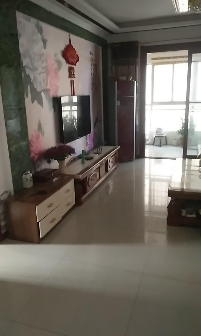 黄河商住楼3室 2厅 2卫