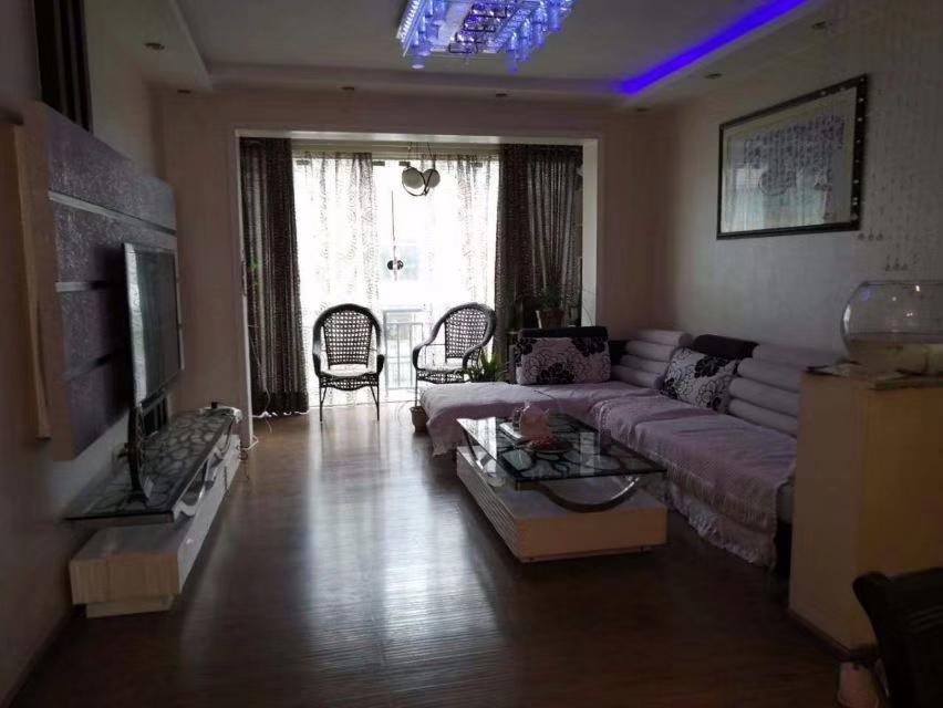 龙腾锦城2室 1厅 1卫68.6万元