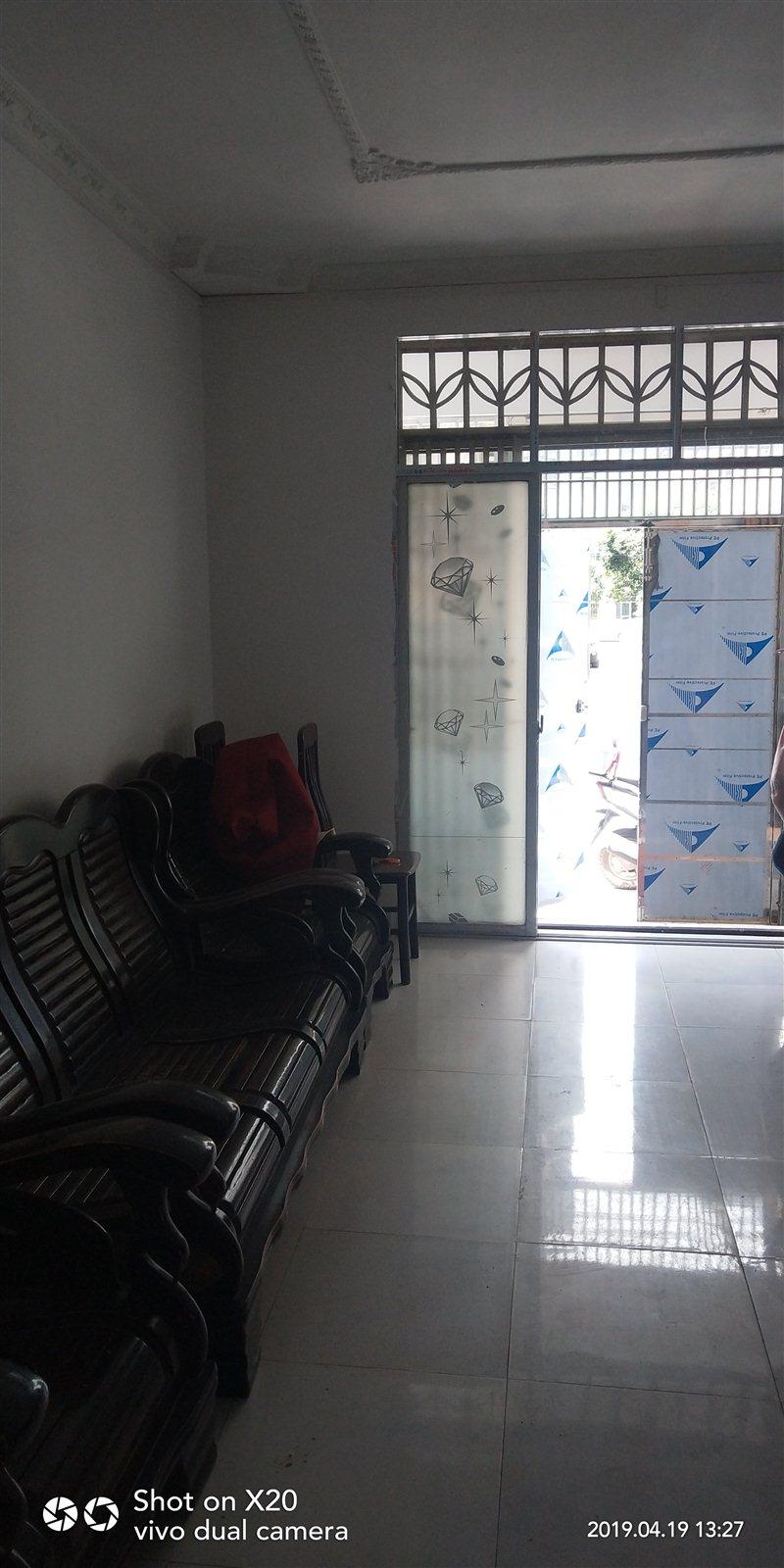 景秀公寓小区3室 1厅 1卫35万元