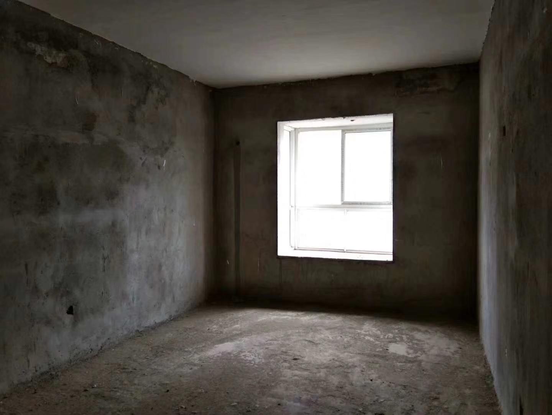 吉祥花园3室 2厅 2卫98万元