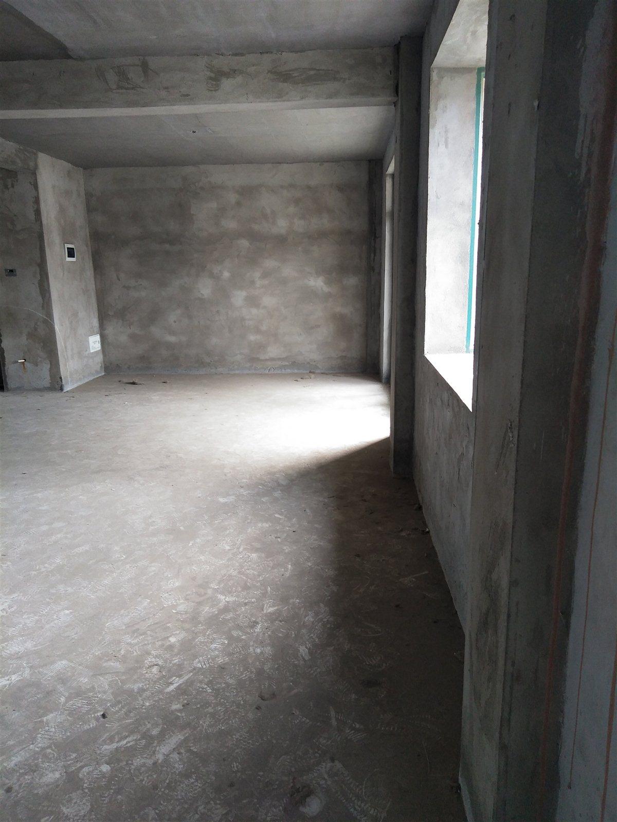 滨河星城3室 2厅 1卫80万元
