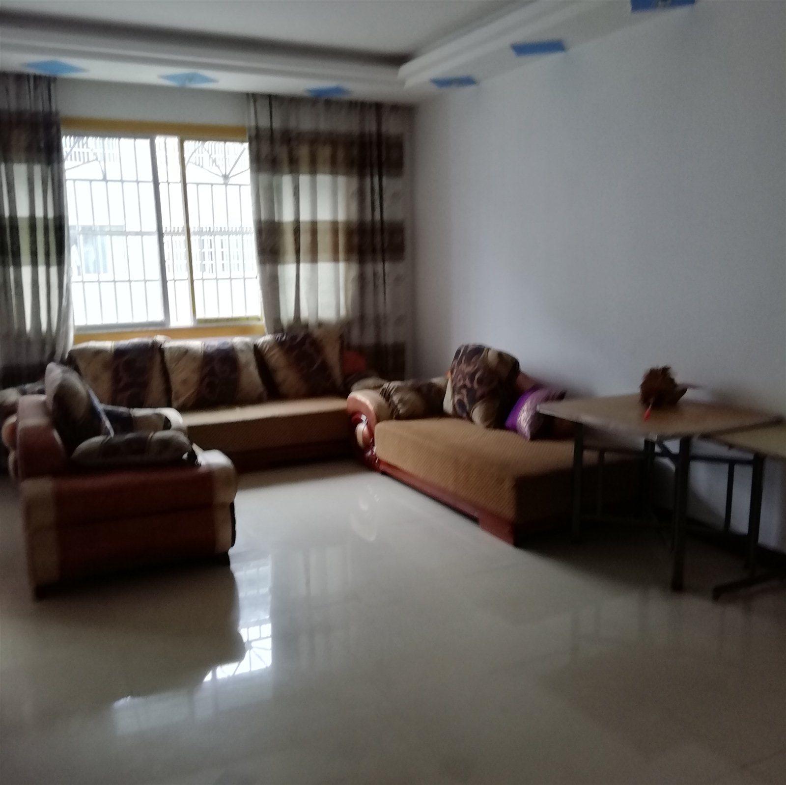 黄家坝移民街3室 2厅 2卫31.8万元