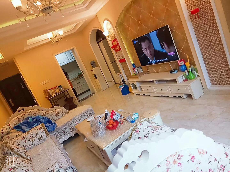 天阜名城3室 2厅 2卫83.3万元