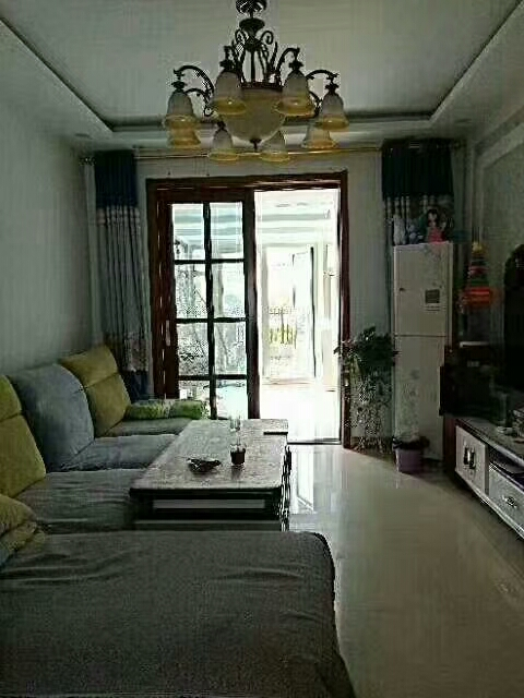 清华家园1楼带院子精装修带阳光房83万