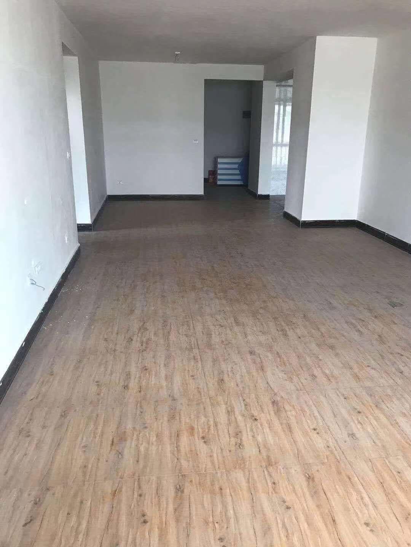 羽翔苑3室 2厅 1卫56.8万元
