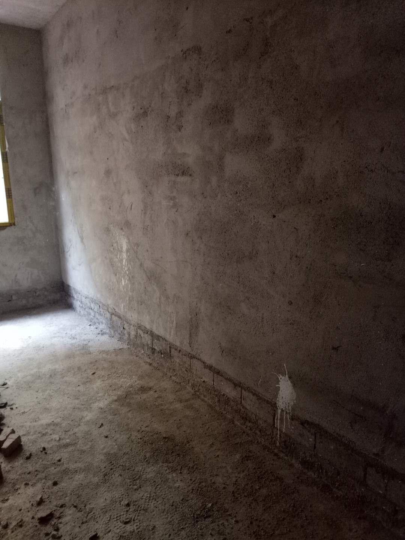 开阳县望城坡小区3室 2厅 1卫15.8万元