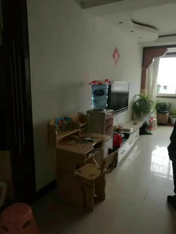 中医院附近3室 2厅 1卫47.8万元