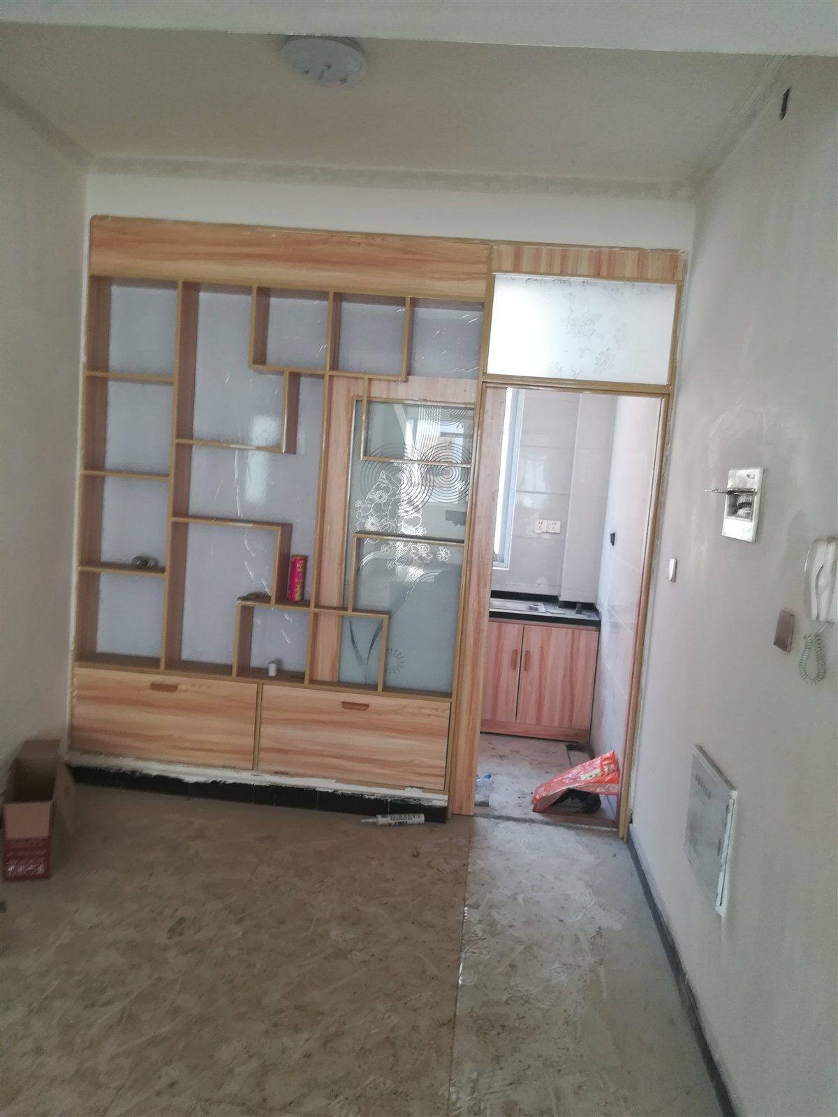 郑州一中隔壁3室 2厅 2卫68万元