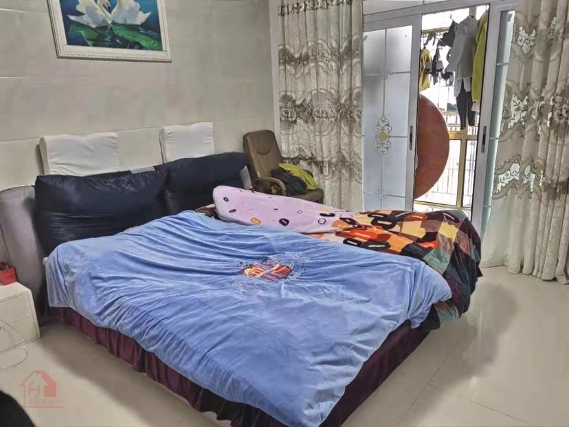 半岛国际经济适用房3室 2厅 1卫83万元