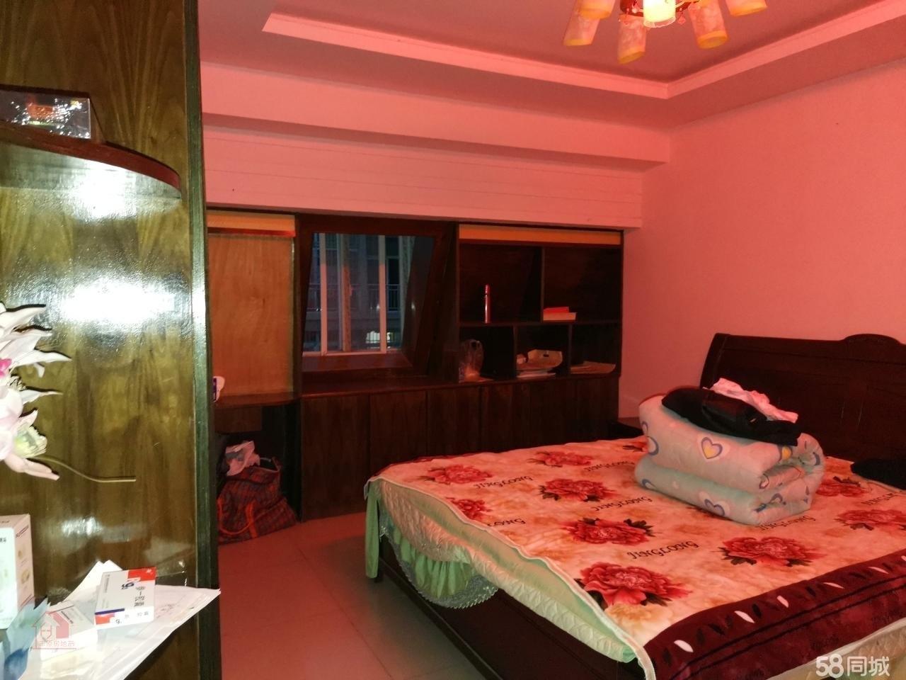 紫弦庭苑4室 2厅 2卫52万元