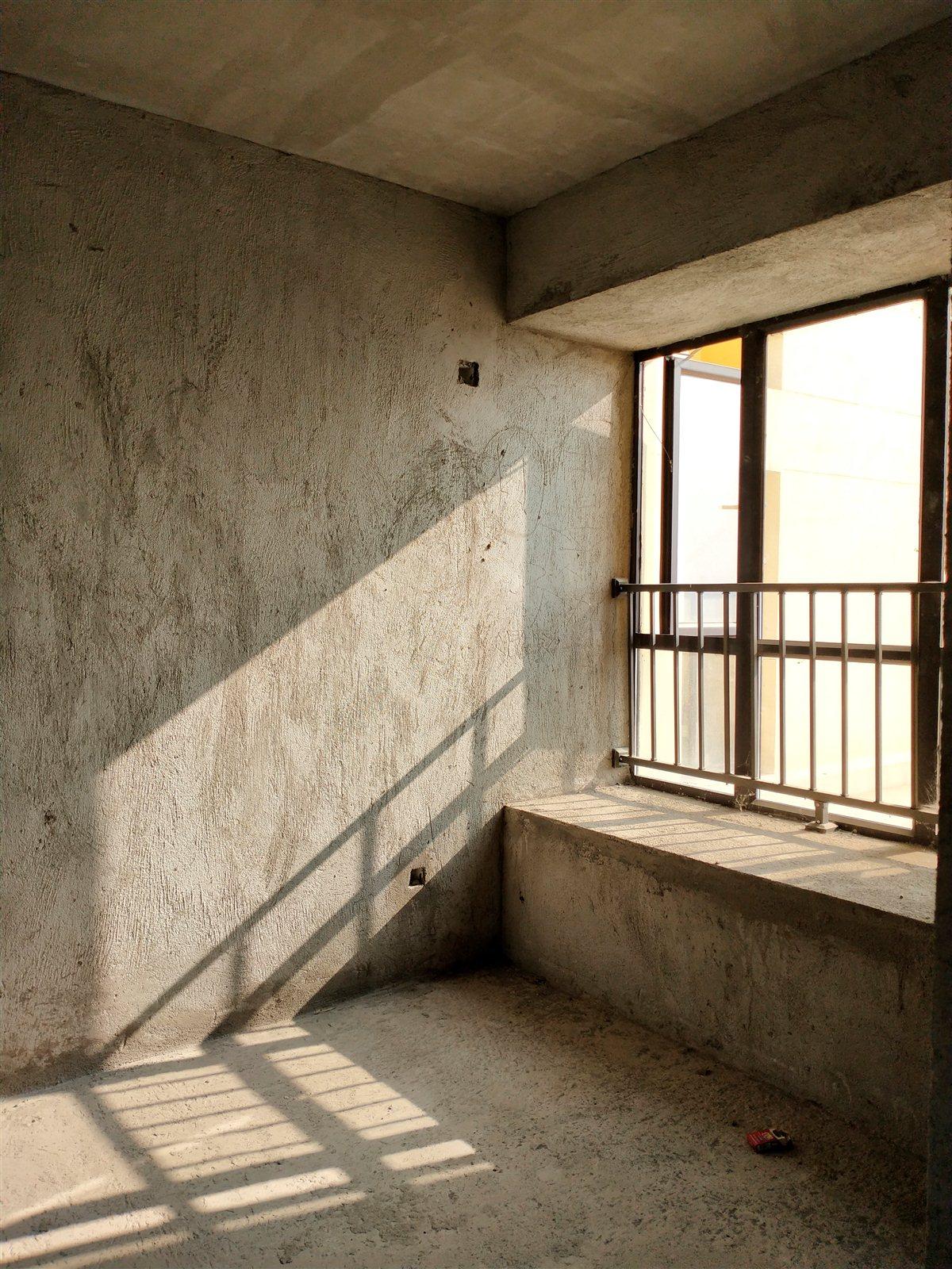 知行园4室 2厅 2卫66.5万元
