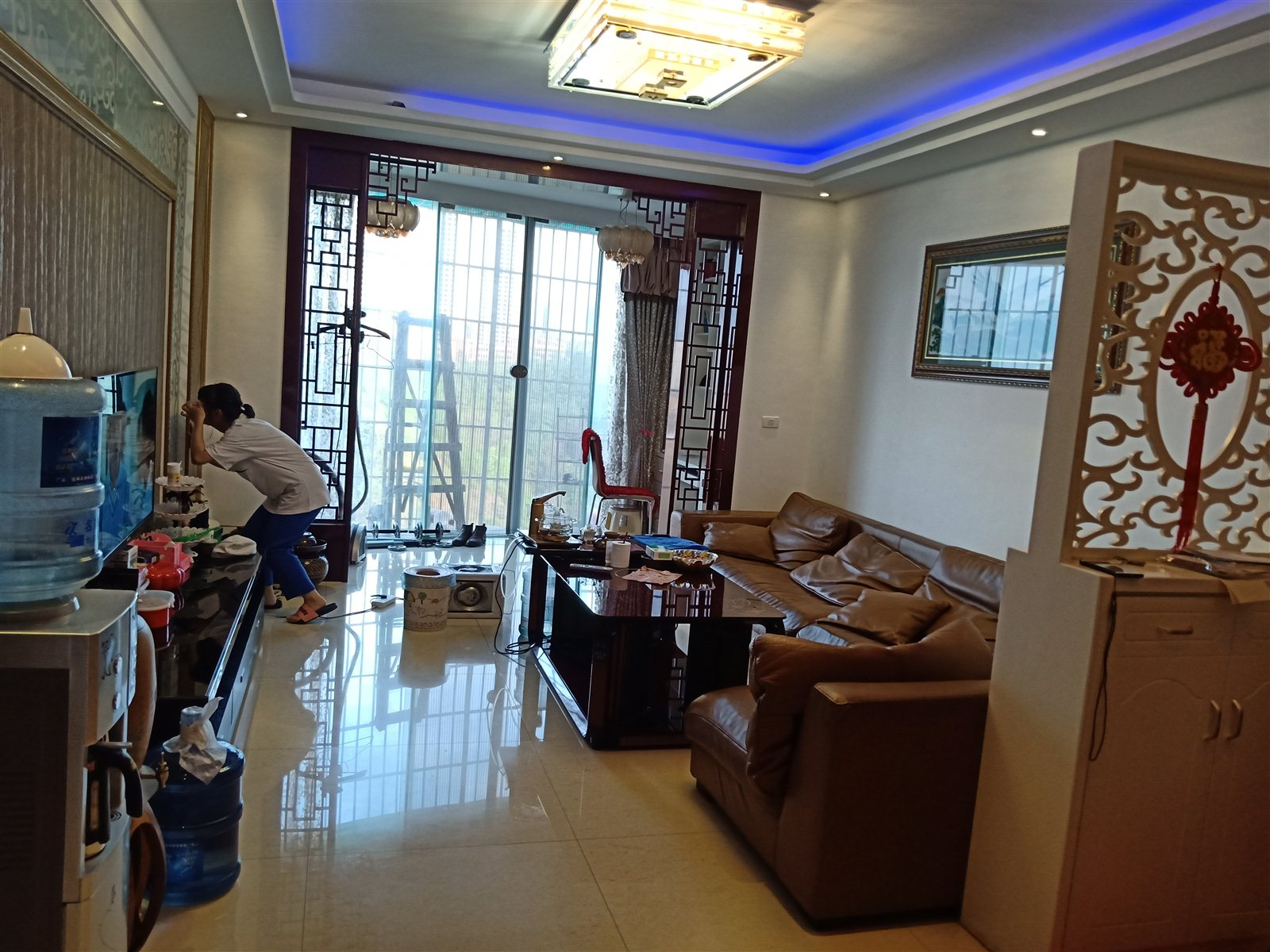 龙腾锦城124平米全新装修房子保养比较好