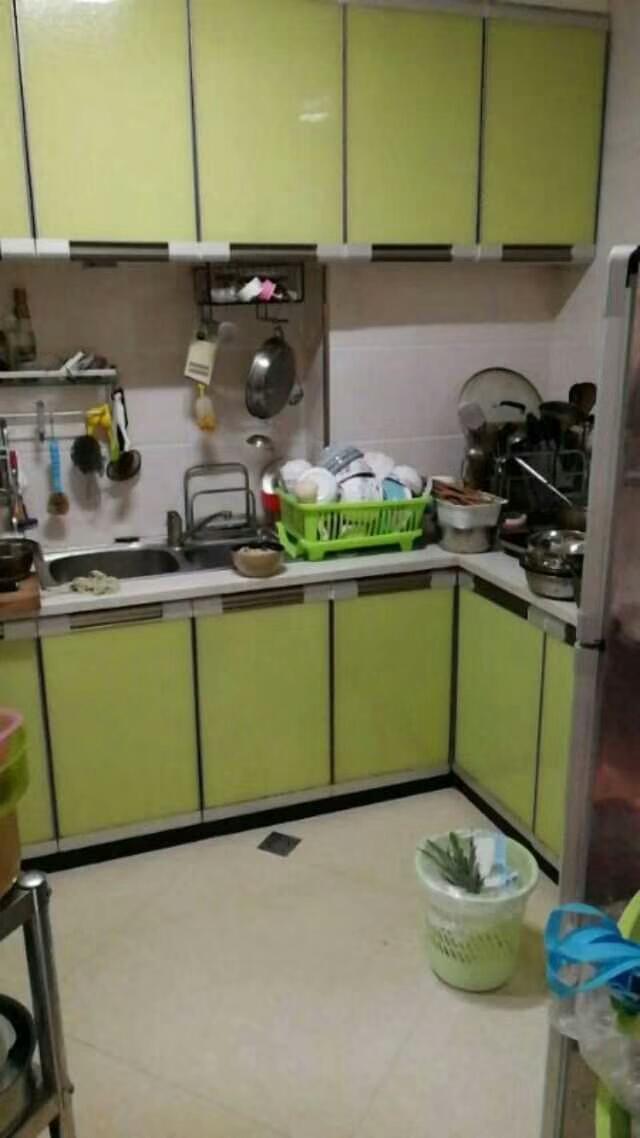龙腾欣锦苑3室 2厅 2卫精装修带家电75.4万元