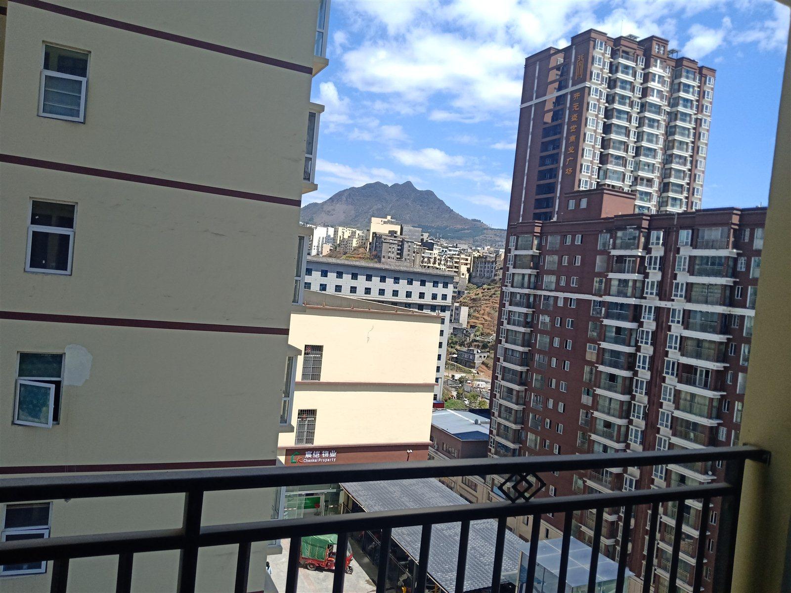 青合锦城124平米9楼黄金楼层单价极低