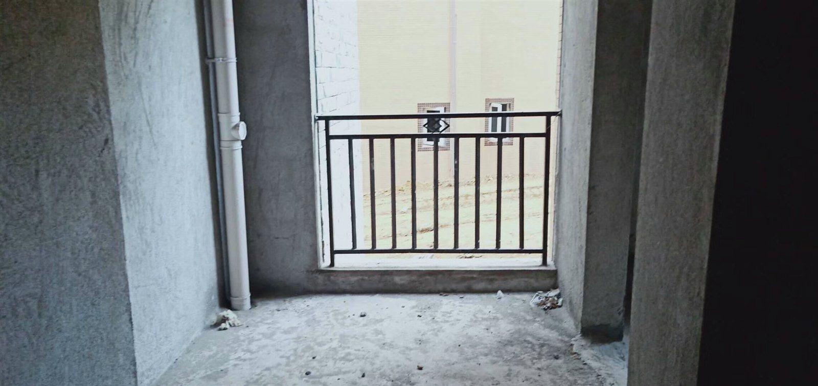 御景湾3室 2厅 2卫57万元户型采光好单价低